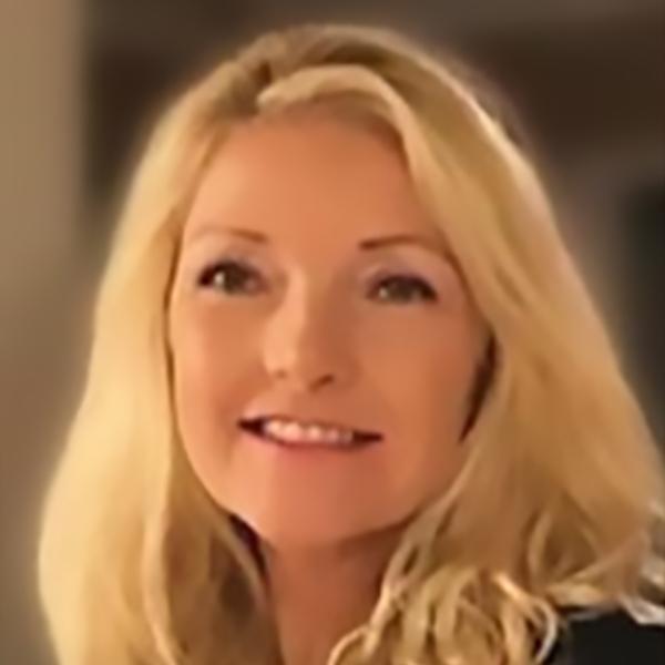 Kerrie Renga